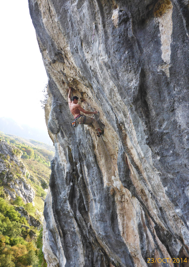 On the finish of  La de Sergio 7a/+