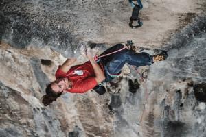 Caroline Ciavaldini gets stuck into Dimensiones Paralelas, 7c+, Carcalosa